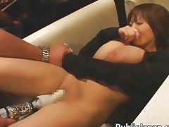 Hitomi Tanaka Japanese babe has amazing tits