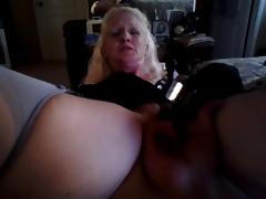 pinup milf pleases herself on exam table part two