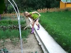 I'm fucking in the garden in my amateur blonde video