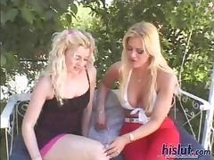 Kinky loves to fuck