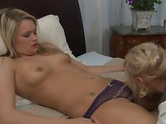 Sweetheart Heather Starlet loves a girl tongue on her pussy