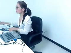 Sexy secretary KloeMcCoy fucks herself on the couch