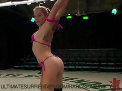 Horny Wrestling Lesbians
