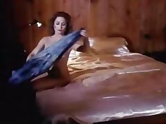 Super Hot Busty MILF Gets Fucked in a Vintage Porn Scene