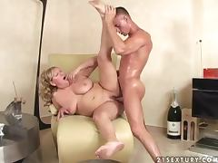 Fat granny Lotta Noletty gets her pussy toyed and pounded hard
