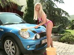 Car Wash Babe Carla Cox Having a Blast with Three Dicks