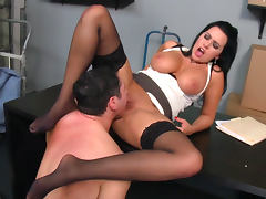 John Strong cums in mouth of Julie Cash