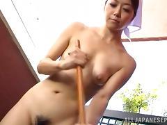 Maki Hokujo hot Japanese maid fucks older guy