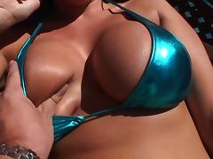 Fake-tittied Carmella Bing gives a blowjob and gets fucked in POV clip